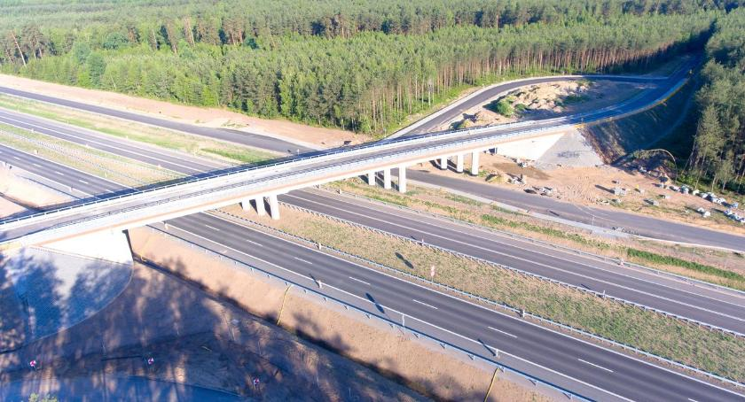 inwestycje, Realizacja odcinka granicy województwa Ostrowi Mazowieckiej ostatniej prostej [foto] - zdjęcie, fotografia