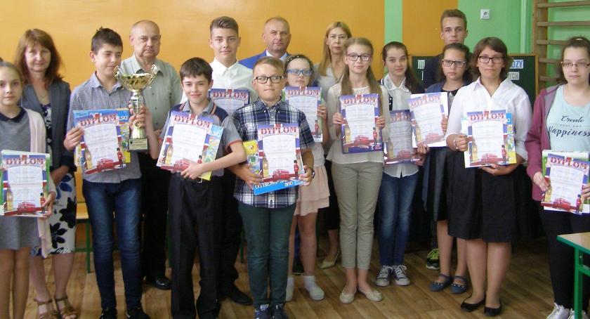 edukacja, Uczniowie gminnych podstawówek znają kraje anglojęzyczne - zdjęcie, fotografia
