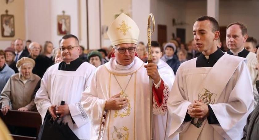 religia, Niewielkie zmiany personalne dekanacie zambrowskim - zdjęcie, fotografia