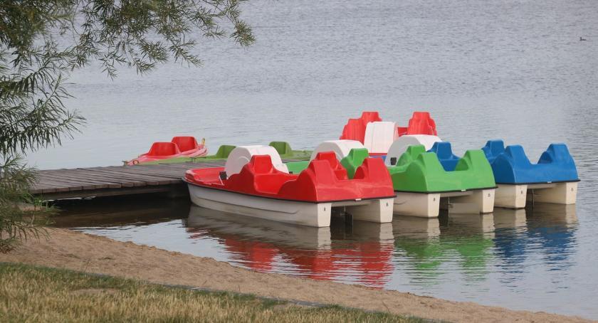 rekreacja wypoczynek, Kajaki rowery wodne zalewie dostępne przerwie otwarto także basen - zdjęcie, fotografia