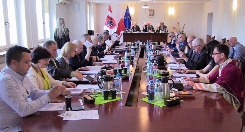 Rada Miasta Zambrów radni, Oświadczenia majątkowe władz miasta radnych Sprawdź zarobił - zdjęcie, fotografia