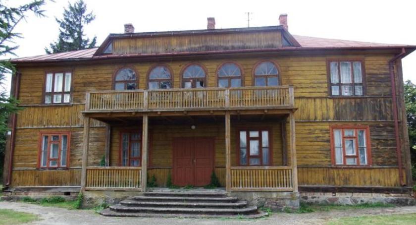 inwestycje, Będzie remont zabytkowego parafialnego Szumowie - zdjęcie, fotografia