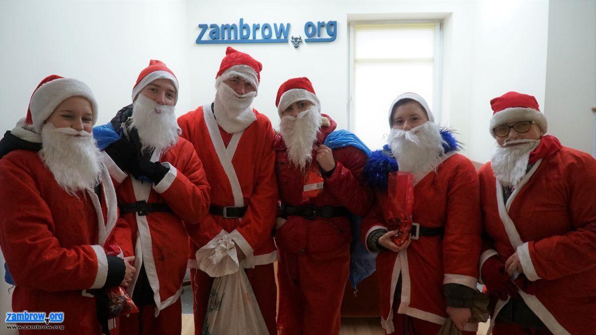 święta, Uwaga! Mikołaje ulicach Zambrowa! - zdjęcie, fotografia