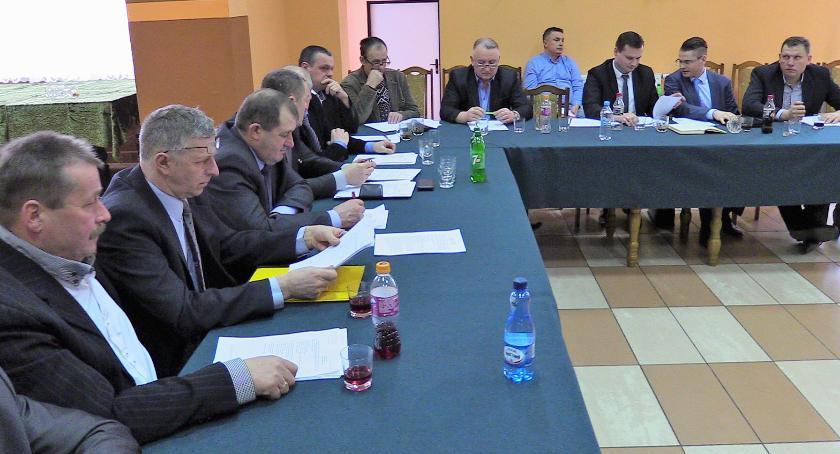 Rada Gminy Szumowo radni, Oświadczenia majątkowe władz radnych Gminy Szumowo Zobacz zarobił - zdjęcie, fotografia