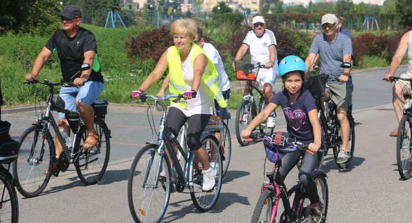 rowery i kolarstwo, Rowerzyści wybrali Szumowa [foto] - zdjęcie, fotografia