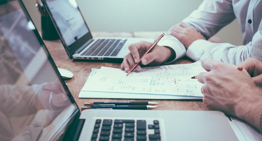 biznes i praca, Rozpoczynasz działalność gospodarczą Sprawdź - zdjęcie, fotografia