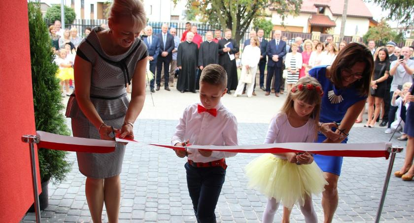 edukacja, Wstęga przecięta Żłobek przedszkole oficjalnie otwarte [foto] - zdjęcie, fotografia