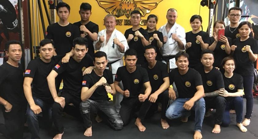 karate i sztuki walki, Sierpniowa wizyta polskich Mistrzów Mazowiecko Podlaskiego Klubu Karate Wietnamie - zdjęcie, fotografia
