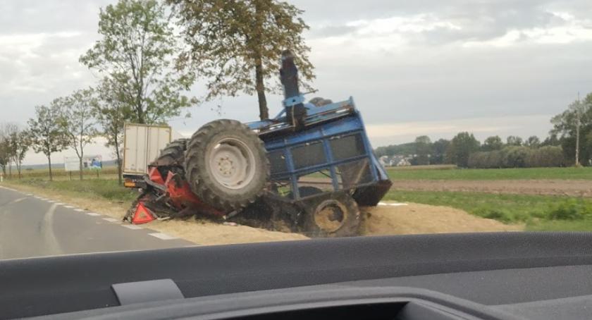 wypadki drogowe , uderzył ciągnik Kierowca szpitalu [foto] - zdjęcie, fotografia