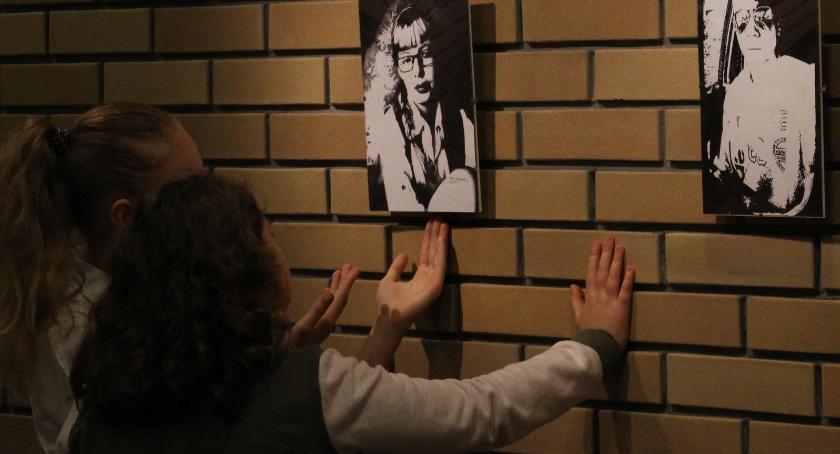wernisaże spotkania, Wystawa Darii Michalskiej Labiryncie [foto] - zdjęcie, fotografia