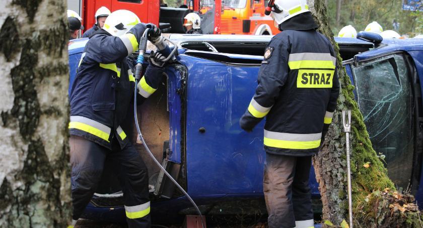 pożary i straż, Cztery osoby ranne wypadku pożar [foto] - zdjęcie, fotografia