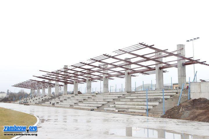 inwestycje, pogoda przeszkodzi budowlańcom stadionie - zdjęcie, fotografia