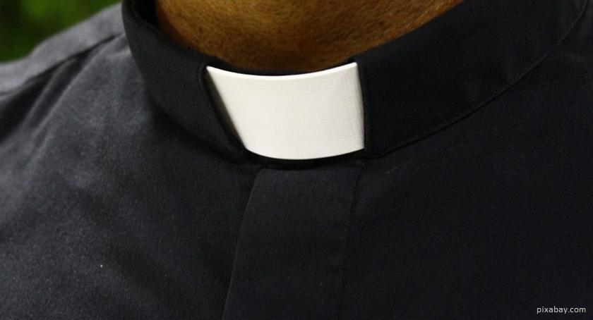 interwencje, proboszcz parafii Grądy Woniecko molestował chłopca PROGRAMU - zdjęcie, fotografia