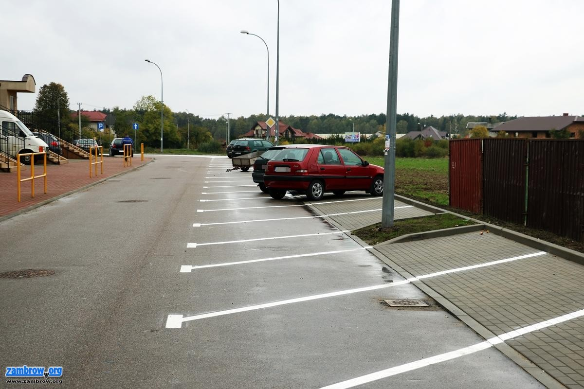 """inwestycje, miejsca parkingowe osiedlu """"Północ"""" [foto] - zdjęcie, fotografia"""