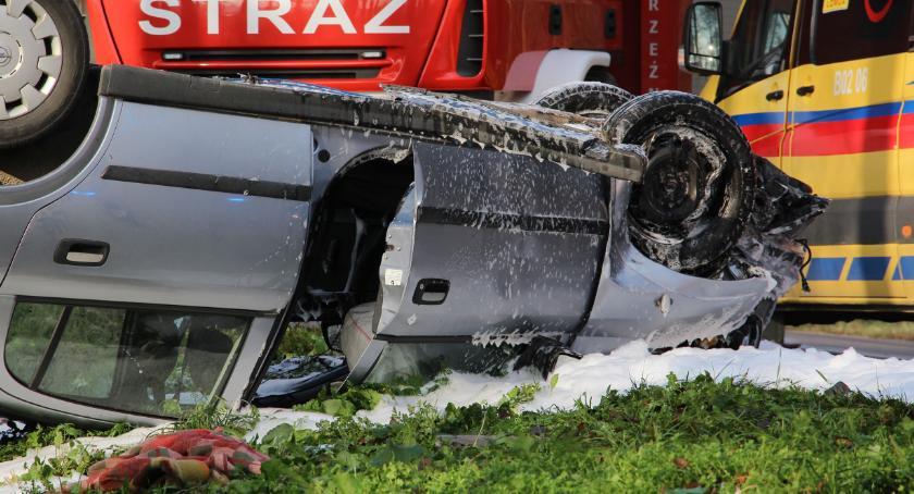 wypadki drogowe , osoby przewiezione szpitala Wypadek [foto aktualizacja] - zdjęcie, fotografia