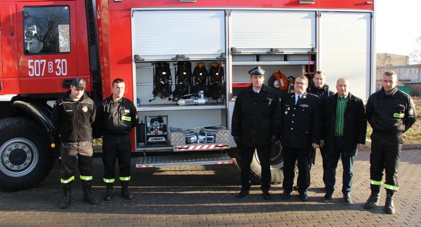 pożary i straż, Strażacki sprzęt Funduszu Sprawiedliwości trafił trzech ochotniczych jednostek - zdjęcie, fotografia