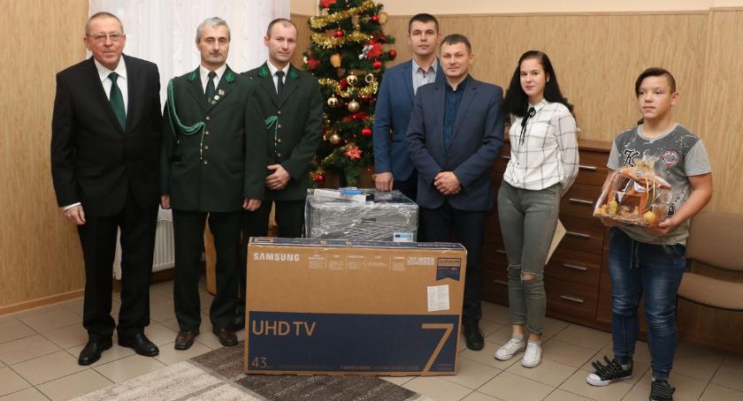 """charytatywne wolontariat, Świąteczne prezenty """"Łosia"""" dziecka [foto] - zdjęcie, fotografia"""