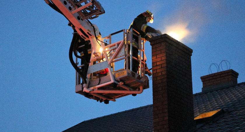 pożary i straż, sezon grzewczy sezon pożary sadzy - zdjęcie, fotografia