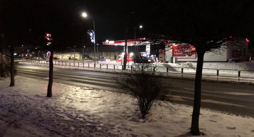 sprawy kryminalne, Dotkliwe pobicie centrum Zambrowa Jedna ofiar trafiła szpitala sprawcy wolności - zdjęcie, fotografia