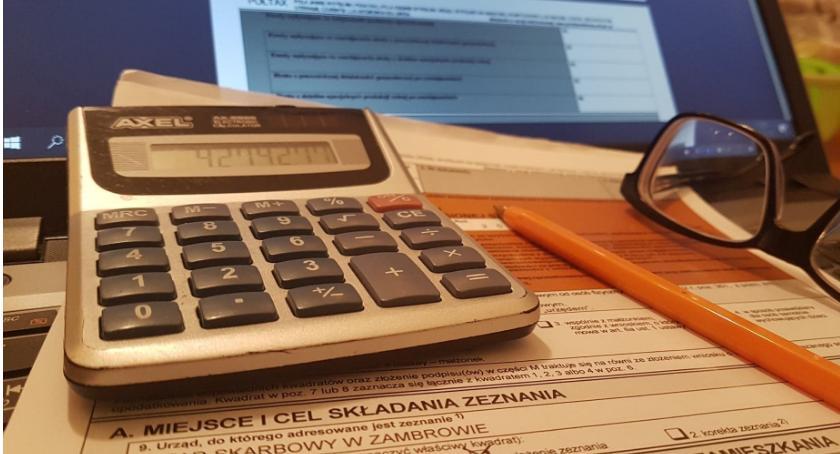 biznes i praca, Zmiany zeznaniach podatkowych - zdjęcie, fotografia