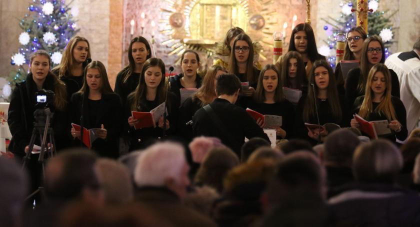 muzyka koncerty, Zambrowska rozbrzmiała świątecznymi nutami [foto] - zdjęcie, fotografia