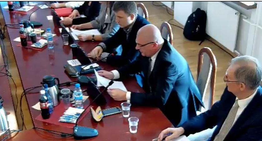 Rada Miasta Zambrów radni, Miejscy radni uchwalili budżet - zdjęcie, fotografia