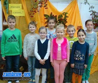 """edukacja, """"Wierszem jesieni"""" mówiły dzieci - zdjęcie, fotografia"""