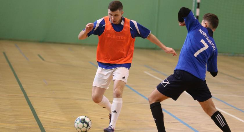 piłka nożna futsal, Wyniki Zambrowskiego Turnieju Drużyn Amatorskich Halowej Piłce Nożnej [foto] - zdjęcie, fotografia