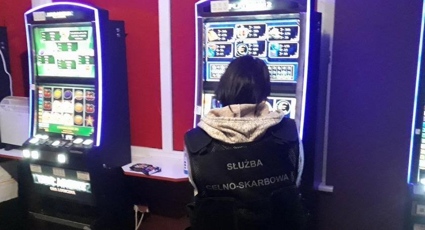 sprawy kryminalne, Nielegalny hazard celowniku - zdjęcie, fotografia