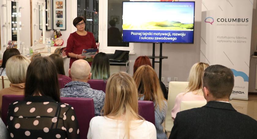 organizacje pozarządowe, Jolanta Kołdys opowiedziała tajnikach motywacji rozwoju sukcesu zawodowego [foto] - zdjęcie, fotografia