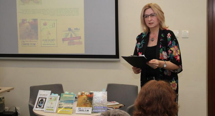 wernisaże spotkania, Spotkanie autorskie Celiną Mioduszewską [foto] - zdjęcie, fotografia
