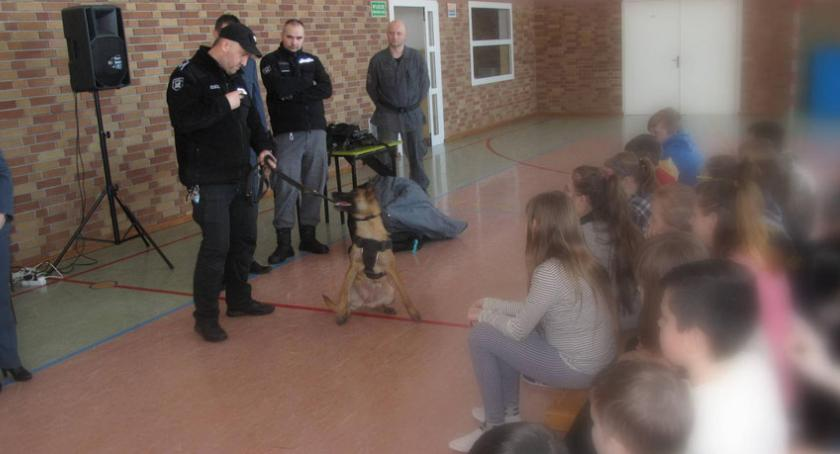 edukacja, Poznawali tajniki pracy Służby Więziennej - zdjęcie, fotografia