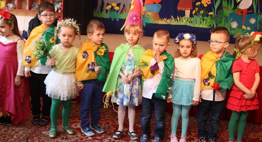 edukacja, piątku zapisy zambrowskich przedszkolach - zdjęcie, fotografia