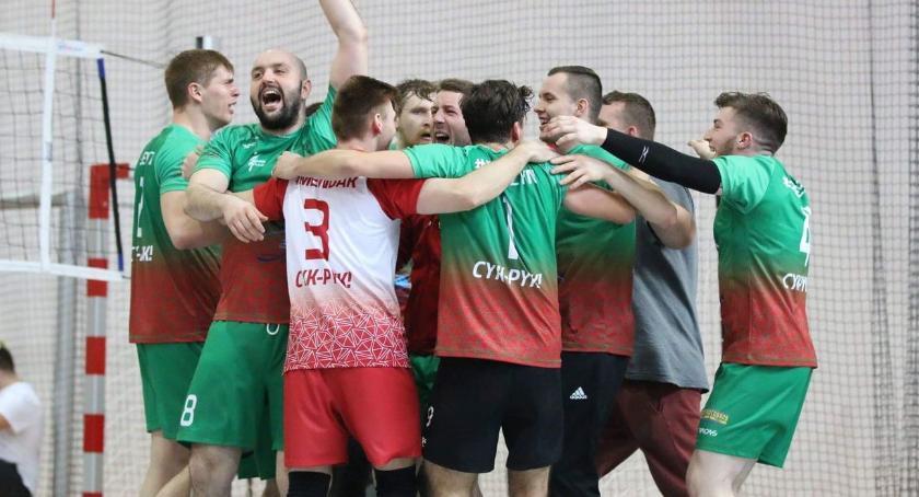 siatkówka piłka ręczna, Mistrz Polski Amatorów - zdjęcie, fotografia