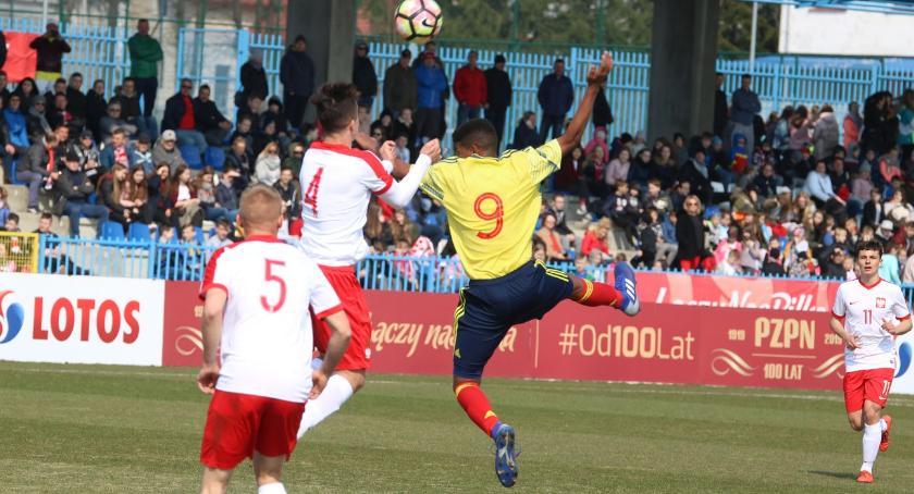 piłka nożna futsal, Młodzieżowa reprezentacja Polski rozegrała Zambrowie [foto] - zdjęcie, fotografia