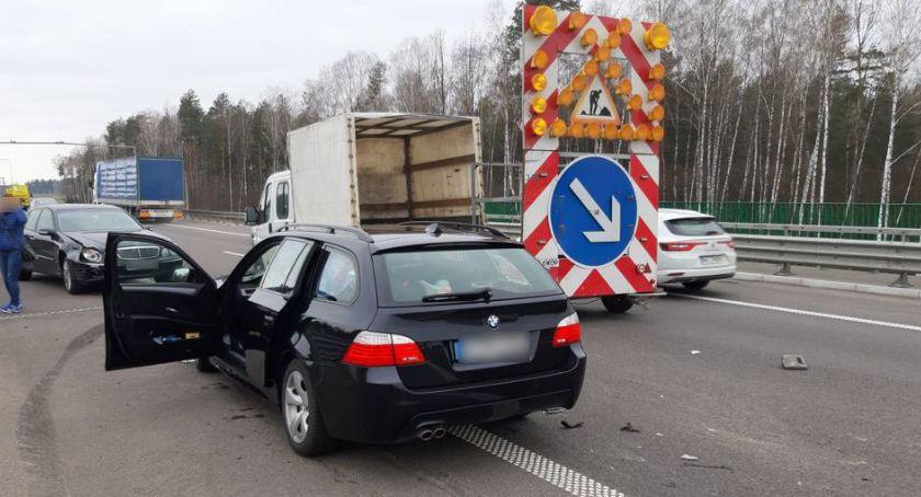 """wypadki drogowe , Kolizja """"ósemce"""" Jedna osoba ranna [foto] - zdjęcie, fotografia"""