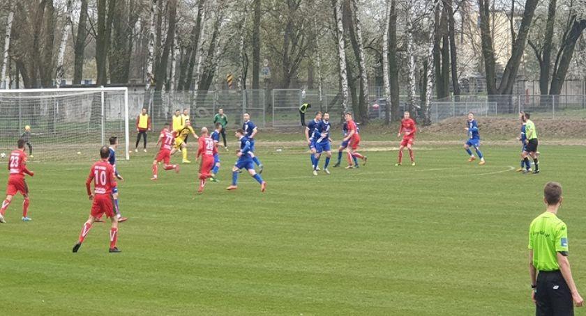 piłka nożna futsal, Wyjazdowy remis Olimpii - zdjęcie, fotografia