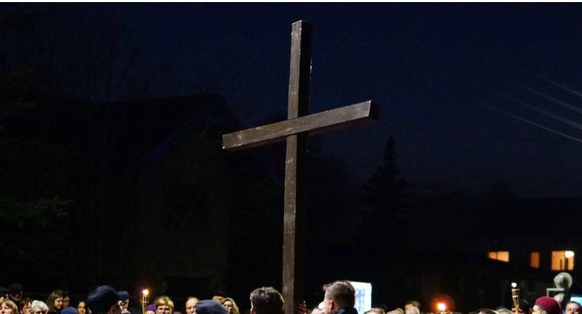 religia, Harmonogram liturgiczny okres Triduum Paschalnego Świąt Wielkanocnych - zdjęcie, fotografia