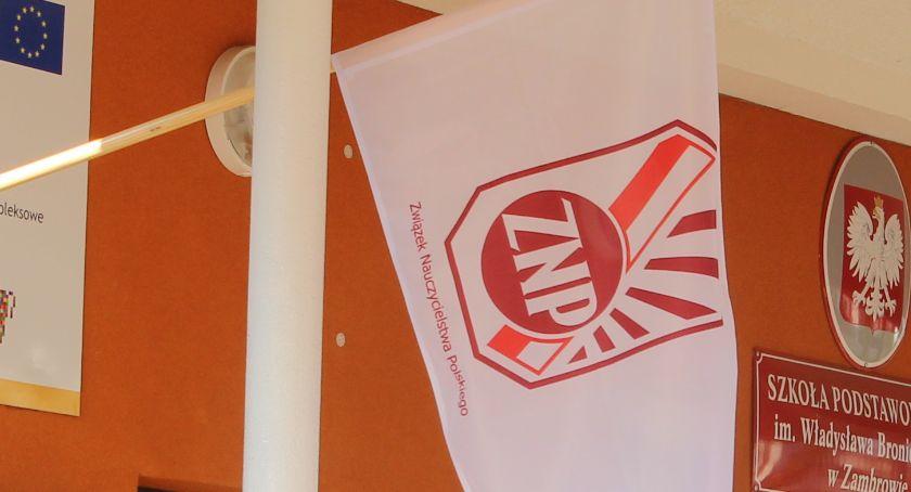 edukacja, protest nauczycieli naszym powiecie nadal strajkują placówki - zdjęcie, fotografia