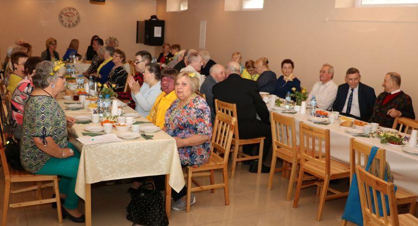 """charytatywne wolontariat, Wielkanocne spotkanie """"Szansą"""" [foto] - zdjęcie, fotografia"""