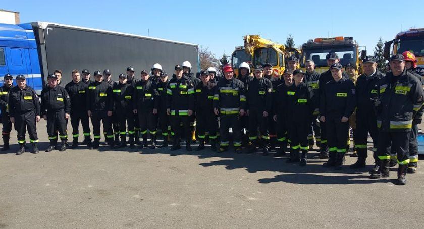 pożary i straż, Szkolenie strażaków ochotników zakończone - zdjęcie, fotografia