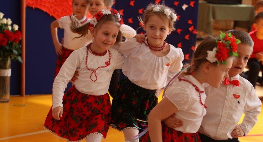 edukacja, Biało czerwone Święto Flagi [foto] - zdjęcie, fotografia