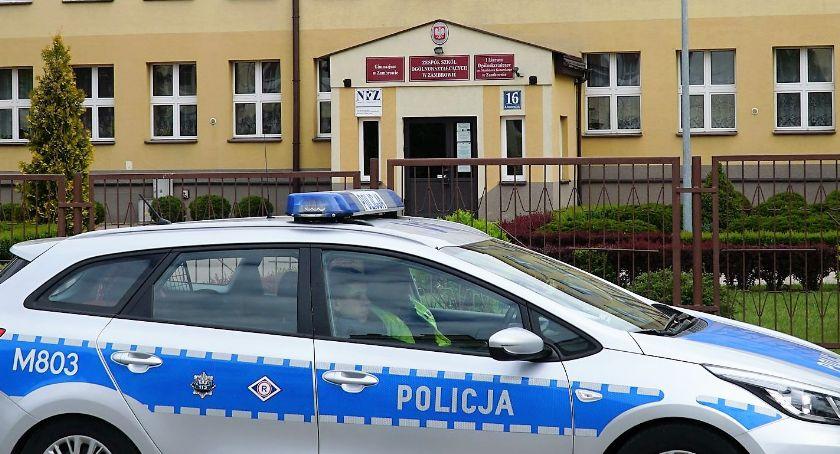 edukacja, Alarmy bombowe wszystkich zambrowskich szkołach ponadgimnazjalnych [foto] - zdjęcie, fotografia