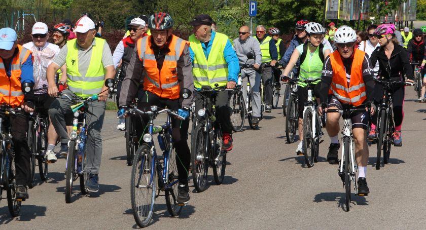 rowery i kolarstwo, Sezon rowerowy oficjalnie rozpoczęty [foto] - zdjęcie, fotografia