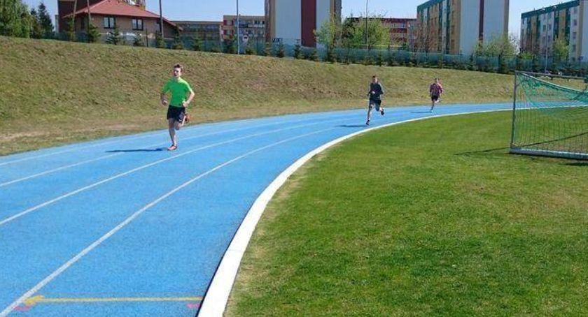 bieganie lekkoatletyka unihokej, Powiatowe Igrzyska Młodzieży Szkolnej lekkiej atletyce [wyniki chłopców] - zdjęcie, fotografia