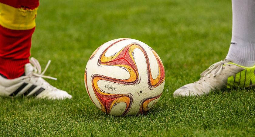 piłka nożna futsal, Wyniki kolejki grupy piłki nożnej - zdjęcie, fotografia