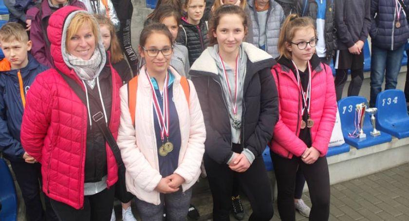 bieganie lekkoatletyka unihokej, Powiatowe Igrzyska Dzieci lekkiej atletyce [wyniki dziewcząt] - zdjęcie, fotografia