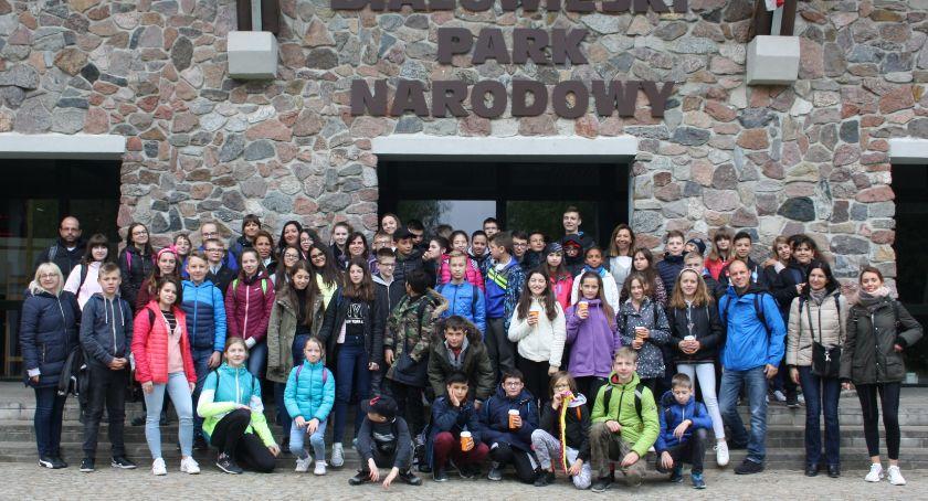 """edukacja, Wizyta uczniów pięciu krajów Europy zambrowskiej """"Czwórce"""" - zdjęcie, fotografia"""