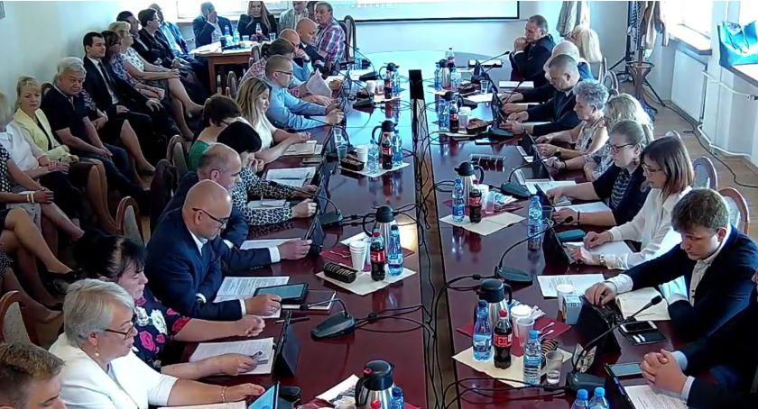 Rada Miasta Zambrów radni, Burmistrz absolutorium - zdjęcie, fotografia