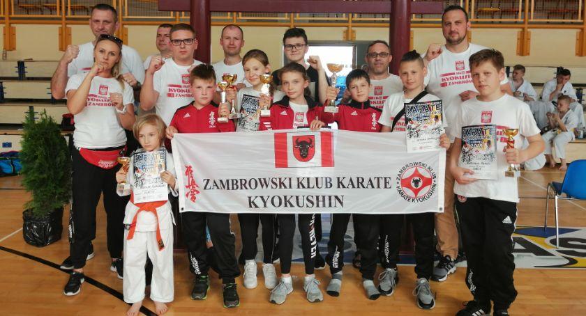 karate i sztuki walki, Wspaniałe zakończenie sezonu startowego karateków - zdjęcie, fotografia